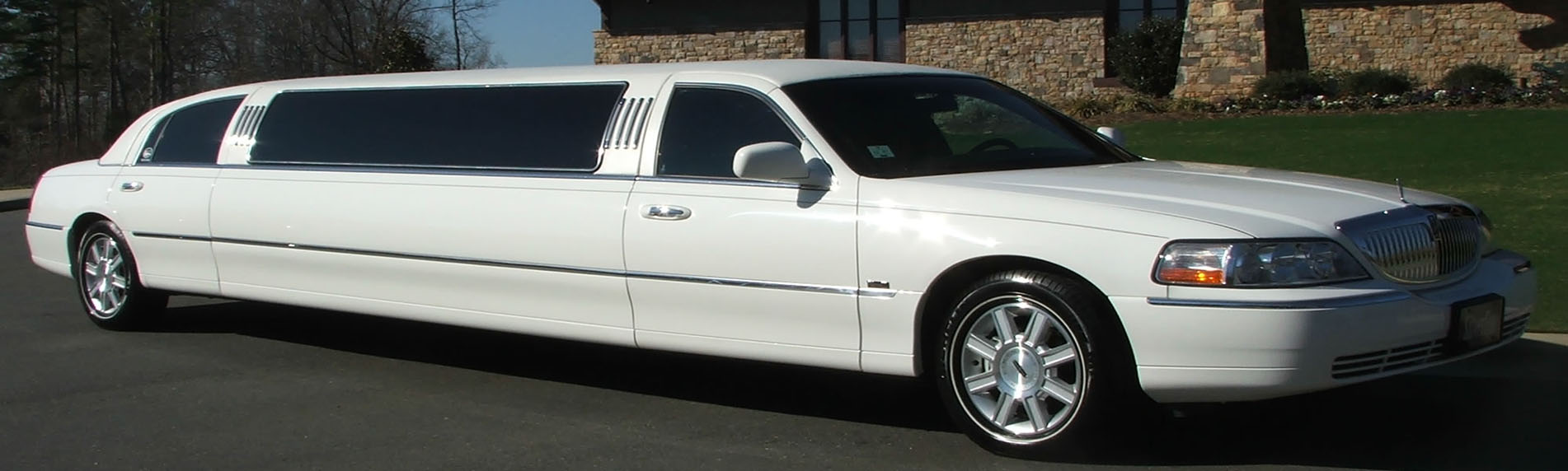 8-10 Passenger White Limousines