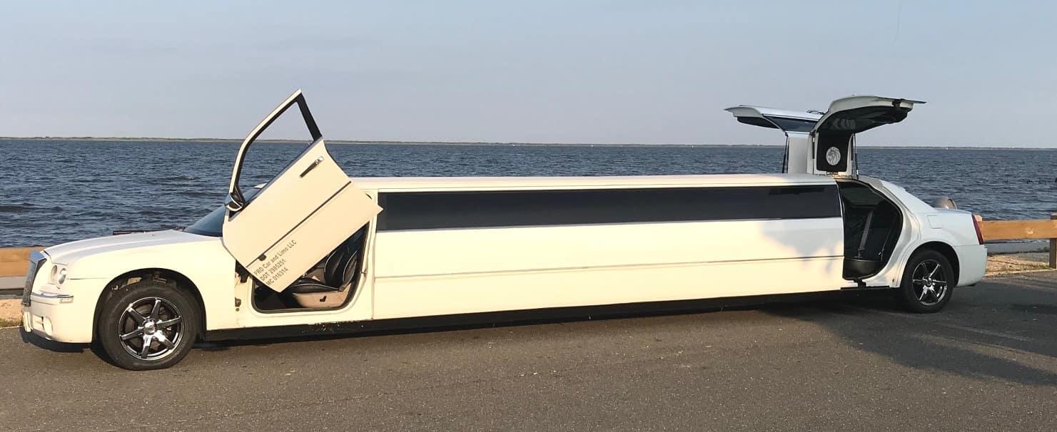 Bentley 300 14 Passenger Limo